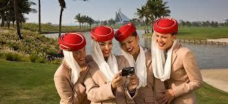 ¿Te gustaría ser tripulante de cabina en la compañía aérea Emirates Airline?